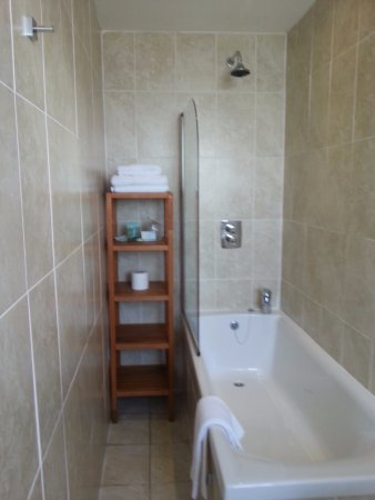 White Rock Hotel: Rubbish shower head