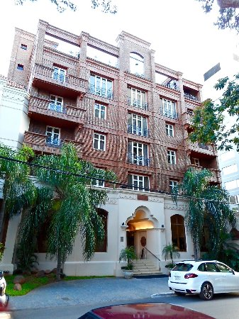 La Mision Hotel Boutique: Appealing Traditionally-Styled Facade and Entrance of Hotel