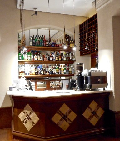 La Mision Hotel Boutique: The Well-Stocked Lobby Bar
