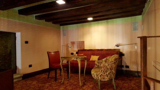 Hotel Saturnia & International: Oberes Stockwerk