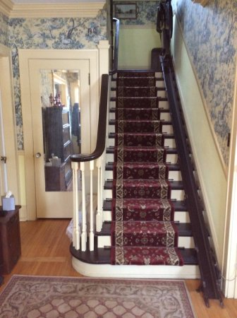 Deerwood, Minnesota: Entry Stair Case