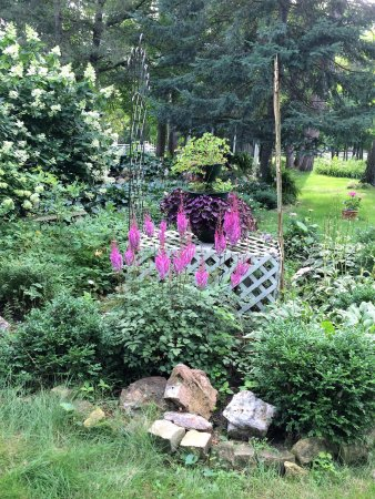 Deerwood, MN: Flower Gardens