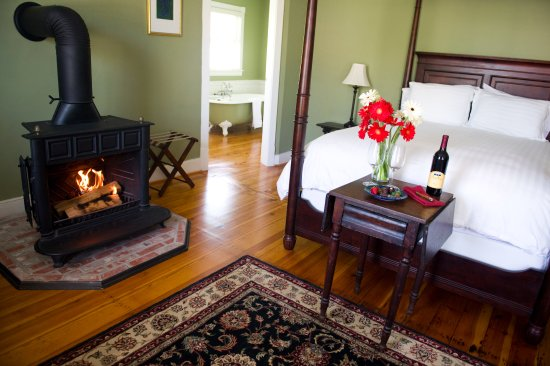 Sperryville, VA: The wood-burning stove in the Lavender Room