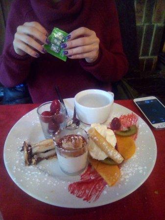Huttenheim, France: café groumant, très frais !
