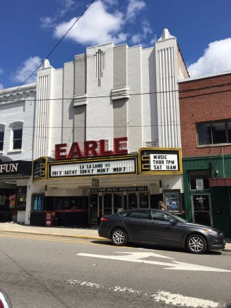 Historic Earle Theatre in Downtown Mount Airy