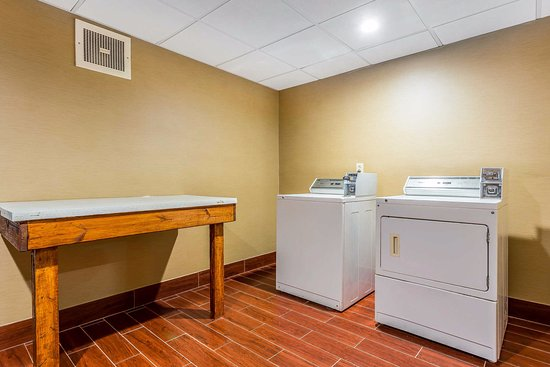 Comfort Inn & Suites: Our self service laundry facility can help you stay refreshed and ready for anything!