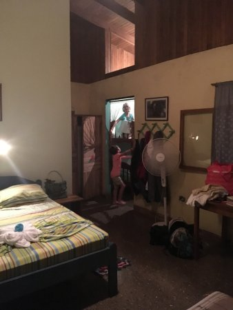 Posada Andrea Cristina: our room with bunk beds, double, and twin