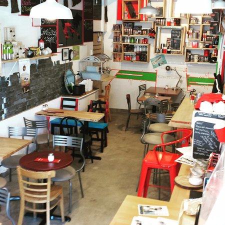 Touche Montreal Restaurant