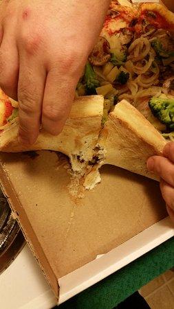 Lockport, نيويورك: uncooked dough sticking to box