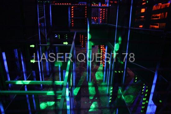 Maurepas, France : © Laser Quest 78