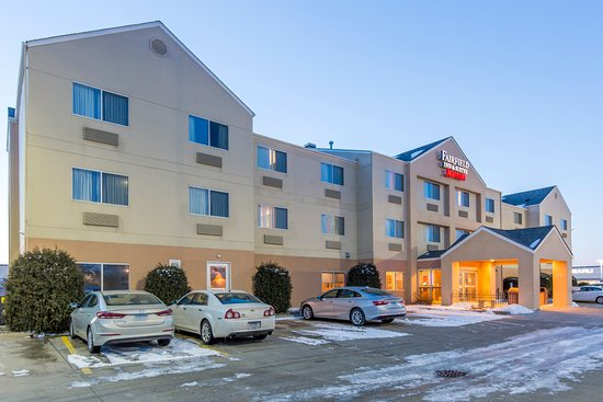Saint Cloud, MN: Hotel Exterior