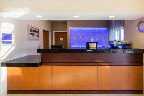Saint Cloud, MN: Front Desk
