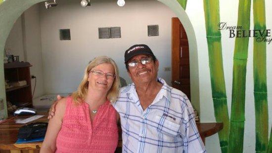 Sarteneja, Belize: Fernando, main office
