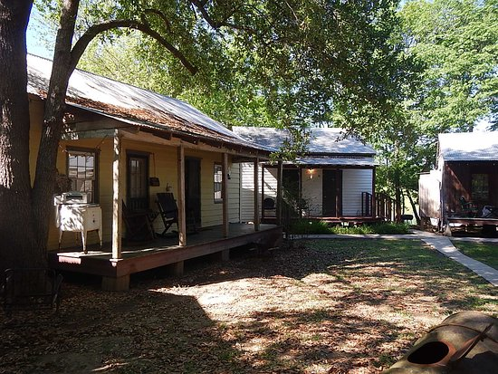 Bayou Cabins: The museum cabin