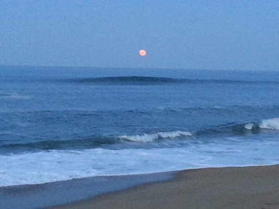 Kitty Hawk, NC: Beautiful Moon