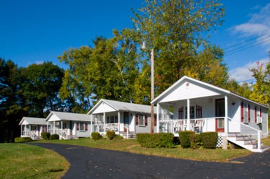 Grand View Motel and Cottages Picture