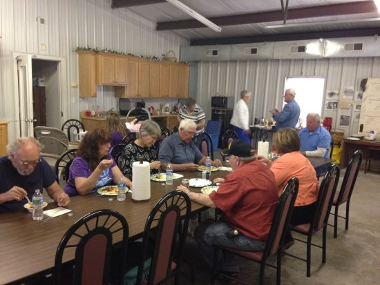 Shirley, AR: We have a activity room we have a Pot Luck every 3 saturday of the month of the camping season