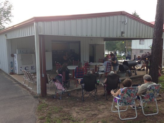Shirley, AR: We have muscians that come by and play for the campers