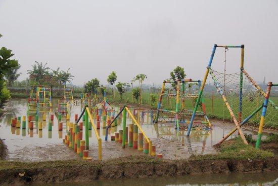 Sukahaji Waterboom ( Wahana Edukasi Sukahaji Waterboom )