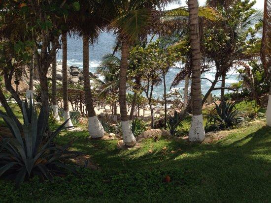 Villas Fa-Sol : Looking down towards the tiny beach