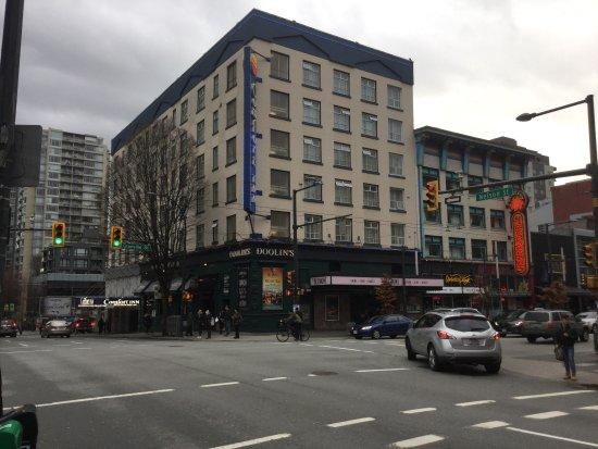Comfort Inn Downtown: photo0.jpg