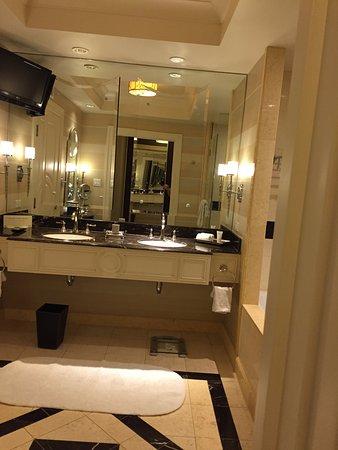 Totally enjoyable - beautiful big rooms