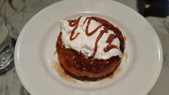 Bistro Aix: Carmel torte