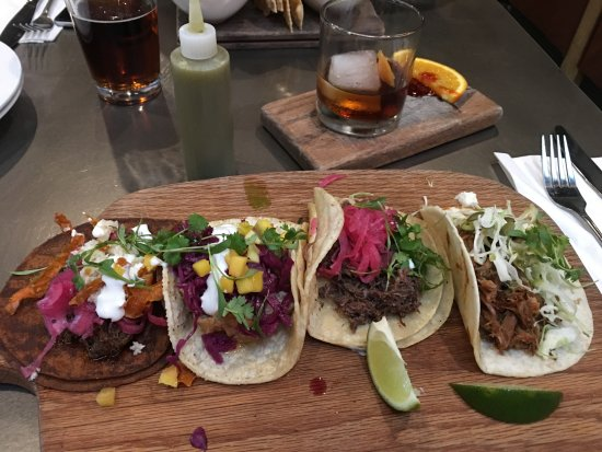Perfect Tempo Urban Kitchen: Taco Sampler