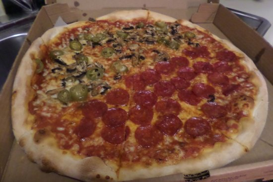 Via Roma : Great pizza!