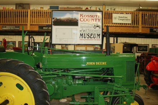 Algona, IA : John Deere tractor and cultivator