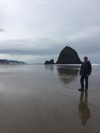 Cannon Beach: Haystack Rock from the north