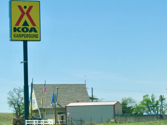 Canute, OK: From the interstate