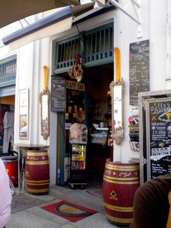 Sello's Caffe Bar Centrale: Der Eingang
