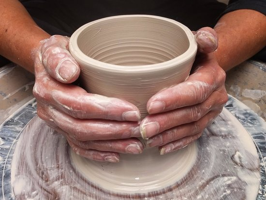 Bundeena, Australia: Pottery Wheel Throwing Class