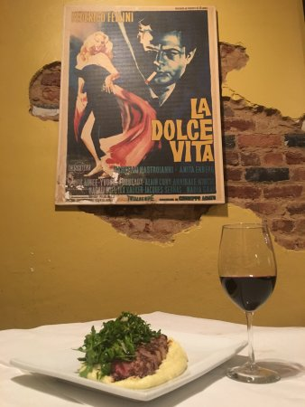 Athens, GA: The restaurant is under new ownership with name change Dolce Vita Trattoria Italiana. The serves