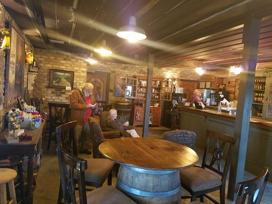 Talking Rock, GA: Chateau Meichtry Family Vineyard and Winery