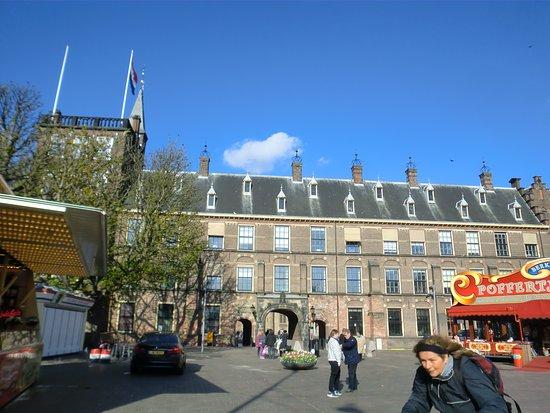 Binnenhof & Ridderzaal (Inner Court & Hall of the Knights): ビネンホフ入り口