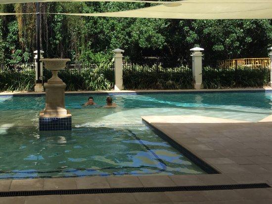 Mandalay & Shalimar Luxury Beachfront Apartments: Beautiful