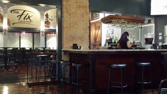 Cleveland Heights, OH: The FIX interior / bar view