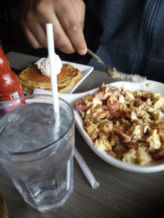 Warren, MI: Corn beef skillet scramble and pancakes