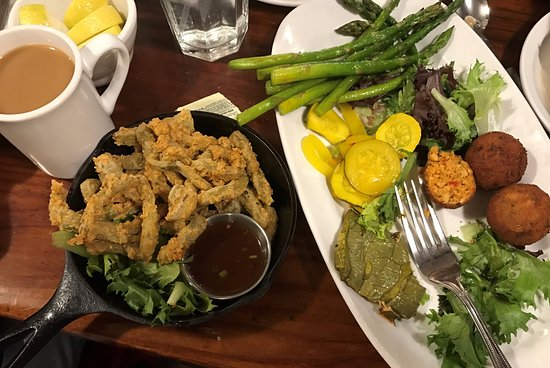 Cowboy Club Grille & Spirits: Rattlesnake cakes and Prickly Pear fries