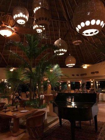Omni Puerto Aventuras Hotel Beach Resort: photo0.jpg