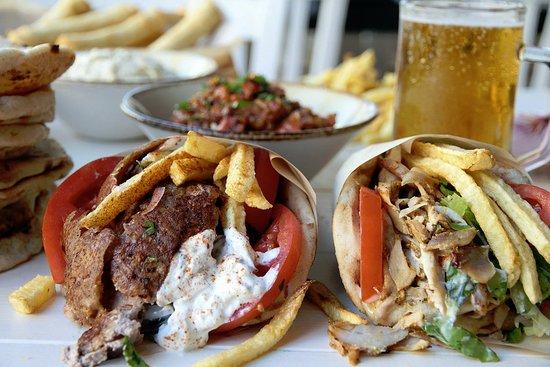 Aladdin kebap restaurant paleo faliro for Aladdin cuisine stoke