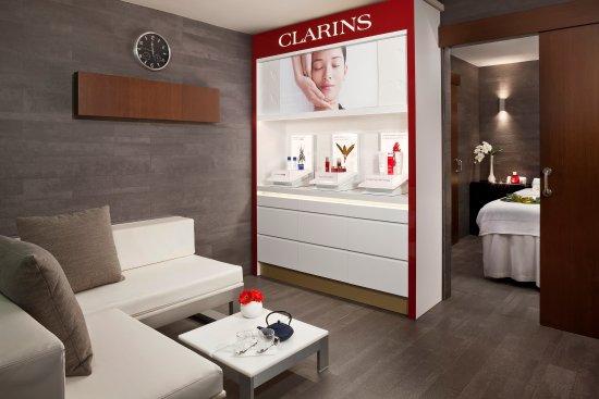 SPA by Clarins: Lujoso espacio wellness dedicado a la salud y la belleza/Wellness space dedicated to health&beau