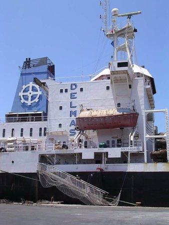 Cars, Francja: navire