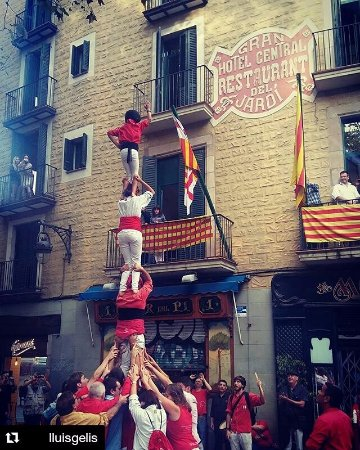 El jardi barcelona spanje foto 39 s reviews en for Hotel el jardi barcelona