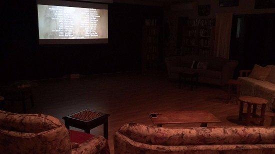 Mokoia Downs Estate B&B: Cinema