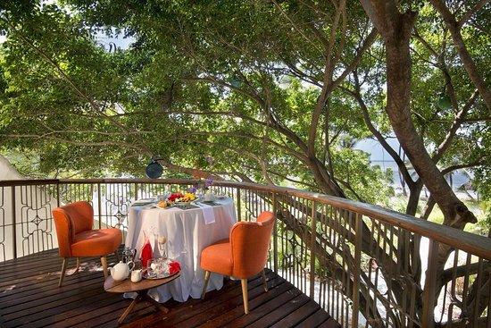 Alfajiri villa one bedroom beach front villa with spacious for Xanadu villas zanzibar