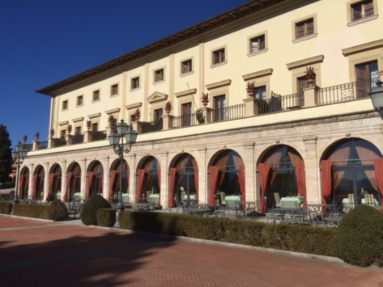 Piscina riservata ai clienti hotel picture of fonteverde san casciano dei bagni tripadvisor - Hotel san casciano dei bagni ...