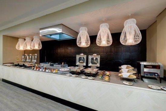 Evander, South Africa: Buffet area